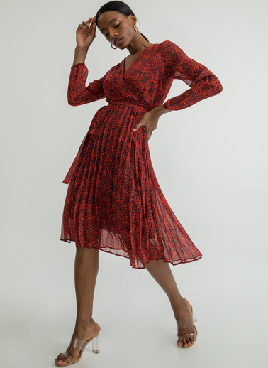 Foremia Çıtır Desen Piliseli Uzun Elbise Kırmızı